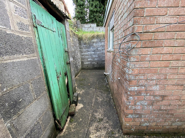 Cnap Llwyd Road, Morriston, Swansea, SA6 8NT